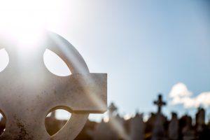 cemetery-690934_1280