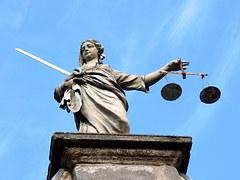 justice-626461__180